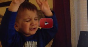 This Little One Praises God While Singing 10,000 Reasons