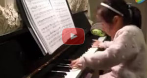 4 Year Old Play The Piano
