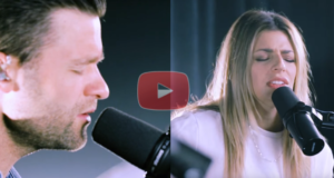 "Hillsong Worship Performs ""What a Beautiful Name"" Beautifully!"